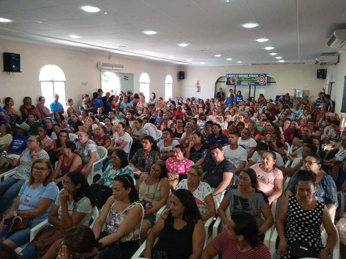 Servidores de Patos entram em greve dia 6 de março