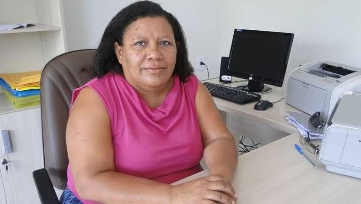 Seguindo Bolsonaro Prefeito de Patos manda projeto para Câmara aumentando contribuição de 11% para 14%