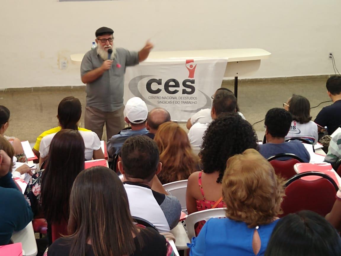 O CES resiste com muita ousadia, criatividade e compromisso com a formação sindical