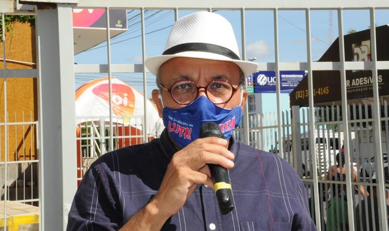 Vereador eleito Zé Gonçalves participa de ato público na defesa do SUS em Patos