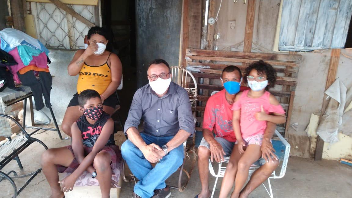 Vereador eleito Zé Gonçalves lamenta situação de moradia dos sem tetos em Patos