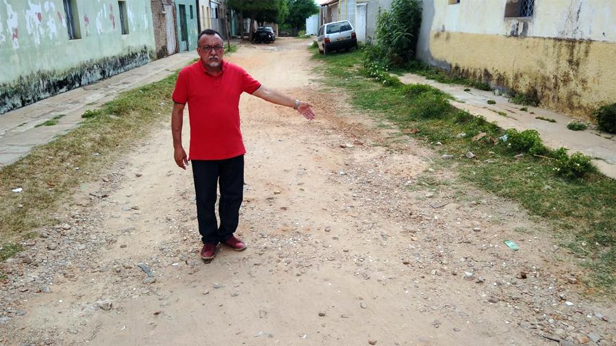 Vereador eleito Zé Gonçalves fará levantamento de ruas tidas como calçadas e que no entanto não tem uma pedra de calçamento