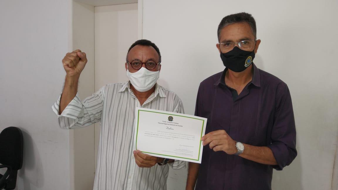 Vereador eleito Zé Gonçalves recebe Diploma