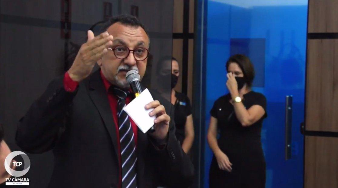 Vereador José Gonçalves se abstém do voto e faz discurso de independência na Câmara Municipal de Patos