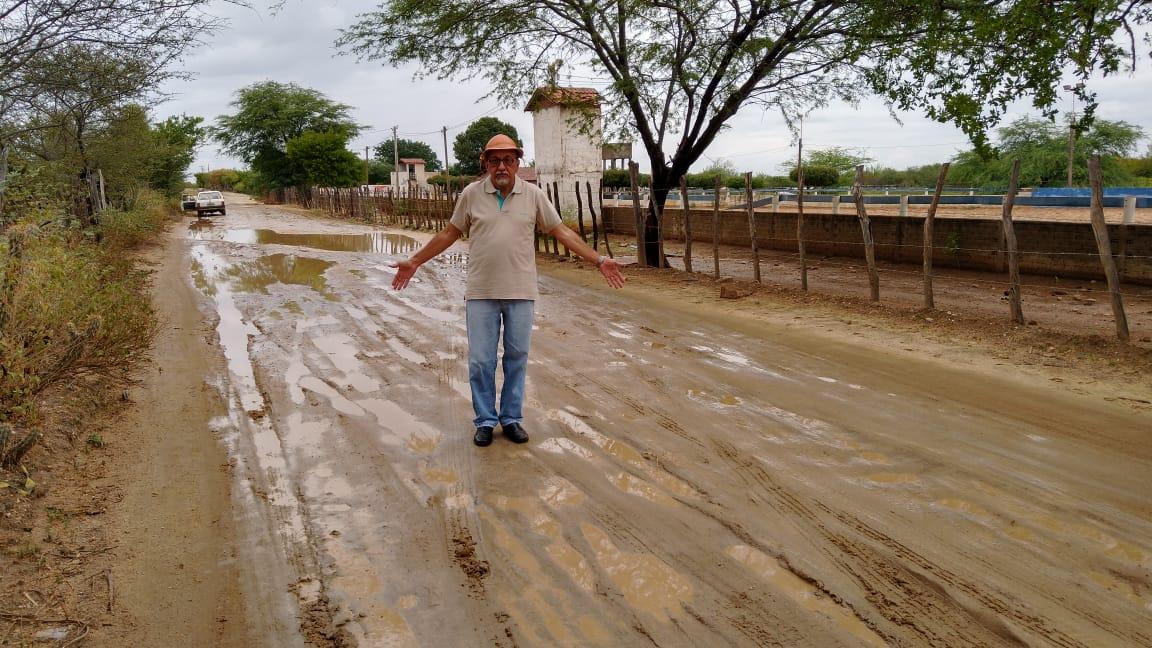 Vereador Zé Gonçalves (PT), defende recuperação do baldo do açude jatobá e estrada que dá acesso a barragem da farinha