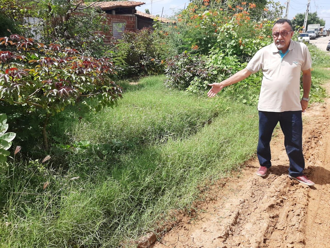 Moradores do Bairro Jardim Magnólia em Patos, vivem um caos. Afirma vereador Zé Gonçalves