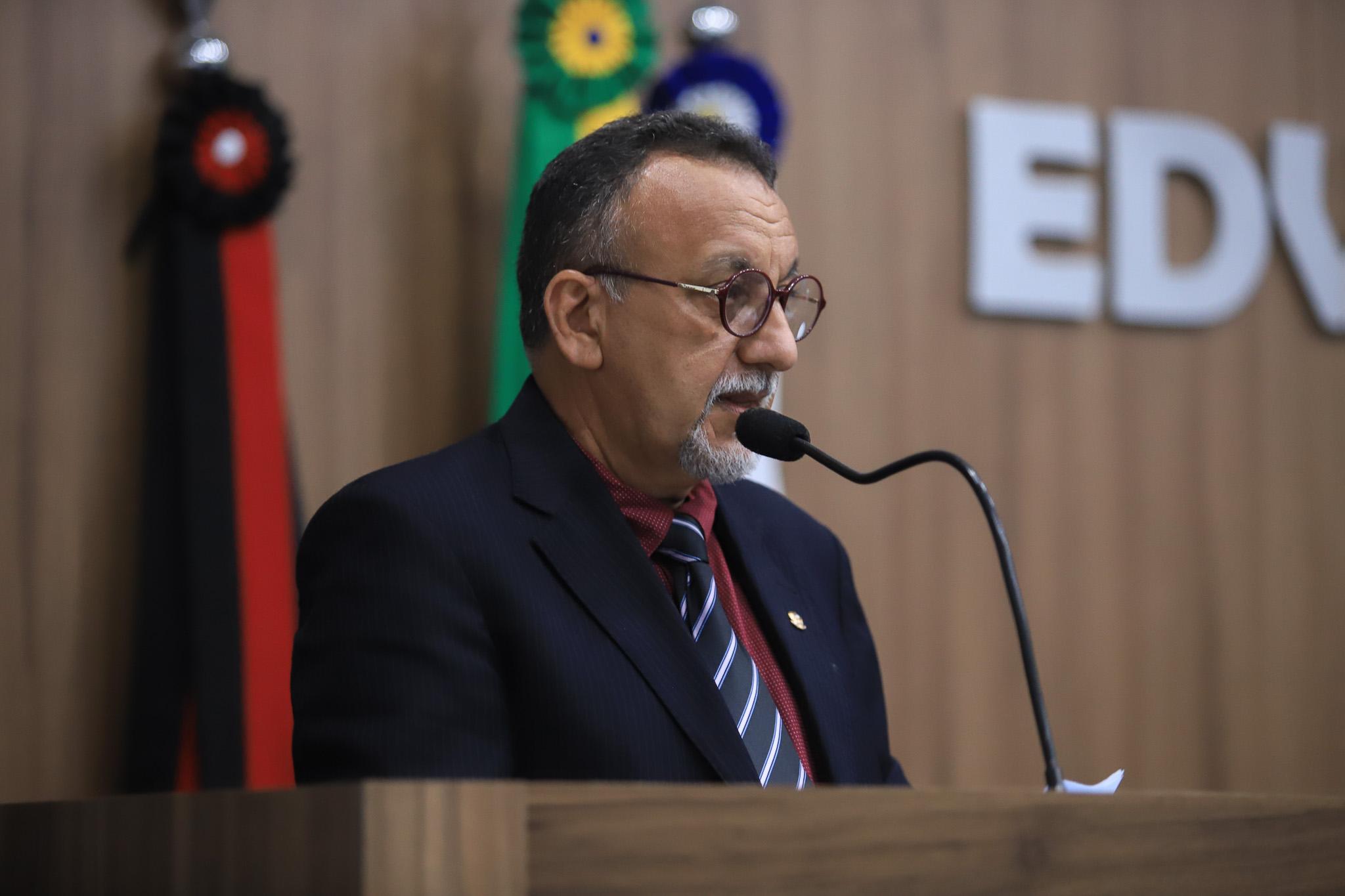 Zé Gonçalves defende interação do legislativo com o movimento comunitário e  demais entidades em Patos
