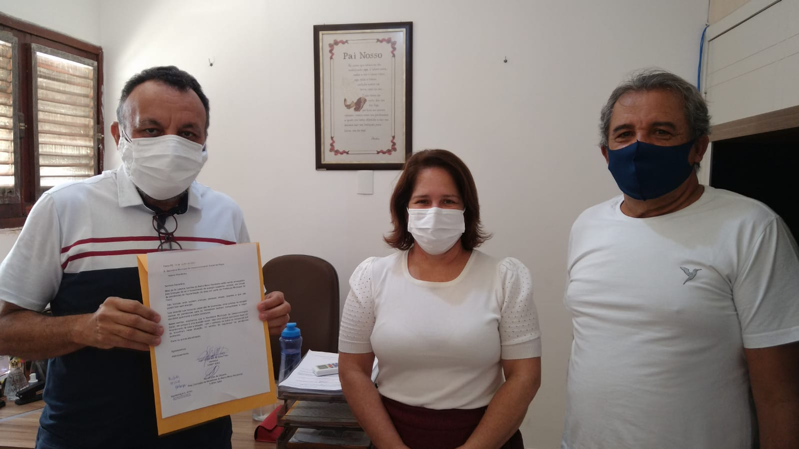 Zé Gonçalves está em ação para impedir corte de energia das famílias do Novo Horizonte. Hoje teve reunião com Helena Wanderley.