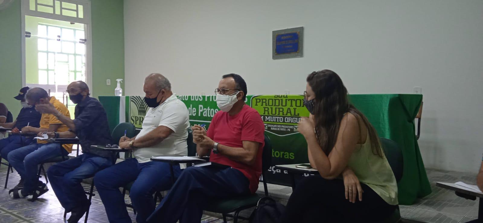 Zé Gonçalves participa de reunião do Conselho Municipal de Desenvolvimento Rural Sustentável de Patos