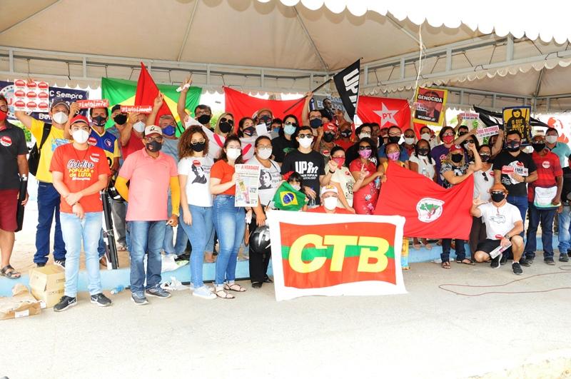 """Arte, cultura e resistência social marcam o ato """"Povo na Rua! Fora, Bolsonaro!"""", em Patos"""