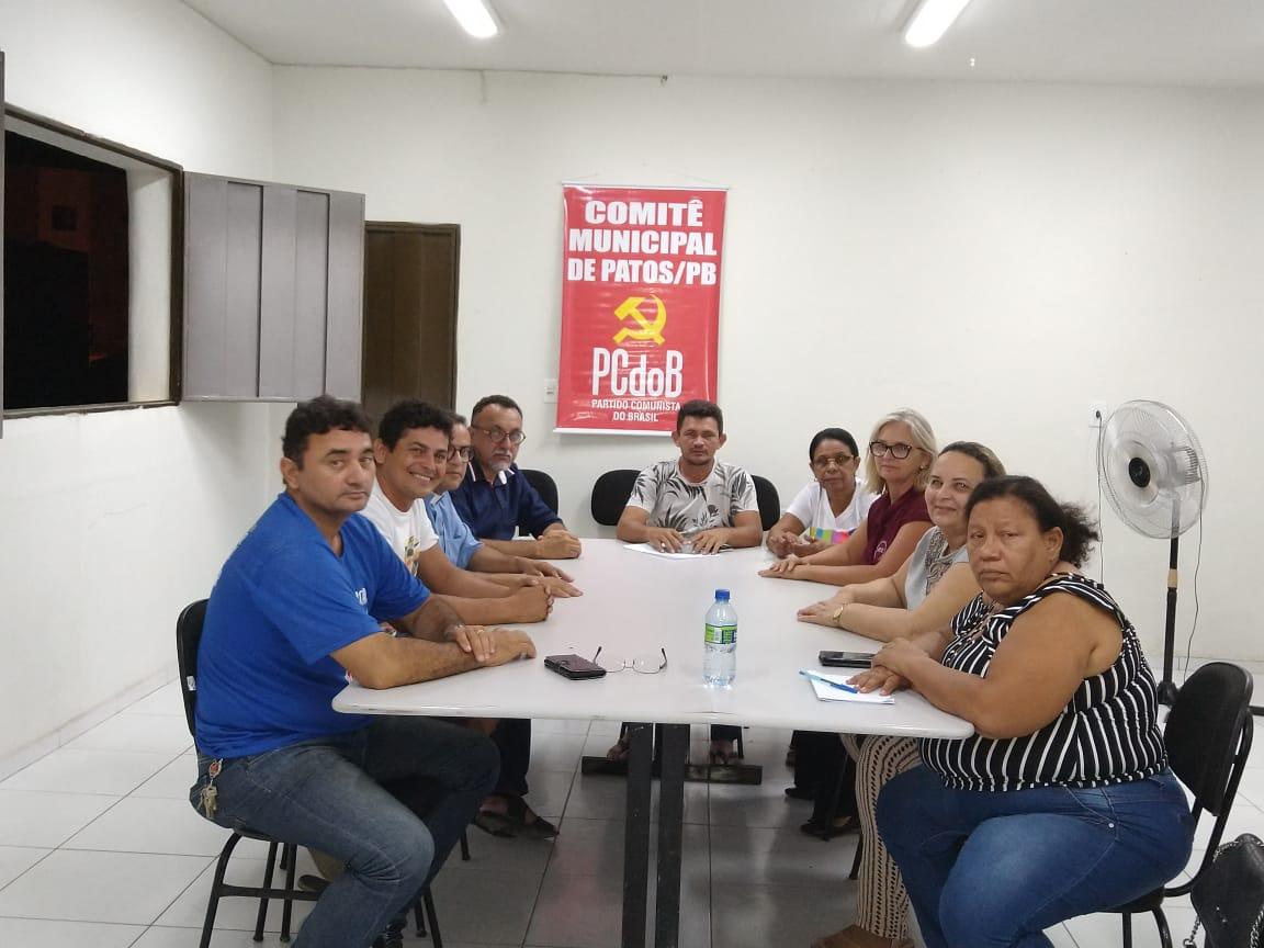 Executiva do PCdoB se reúne em Patos
