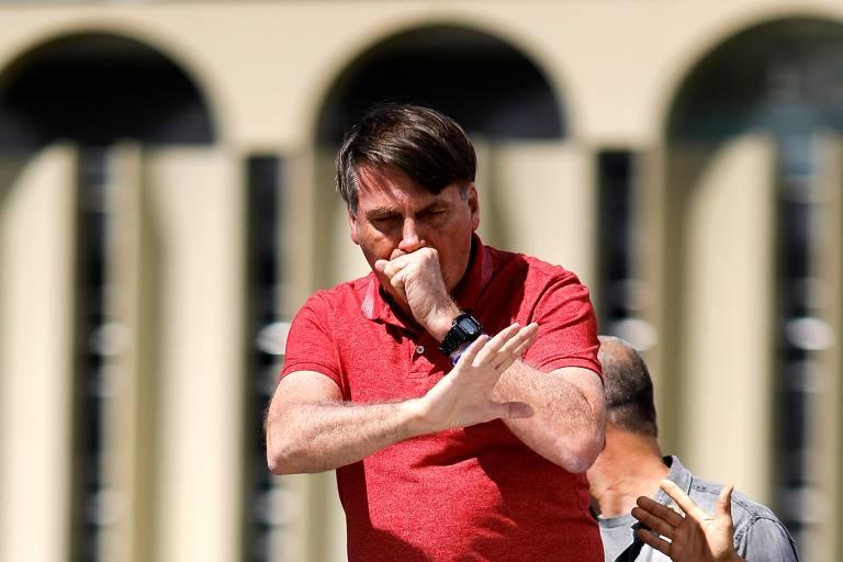 Políticos e entidades criticam discurso de Bolsonaro em ato que defendia intervenção militar