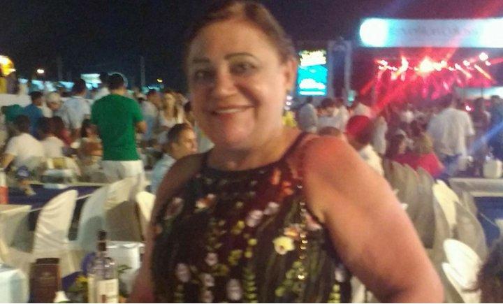 Médica que convocou às ruas morre de coronavírus no Ceará