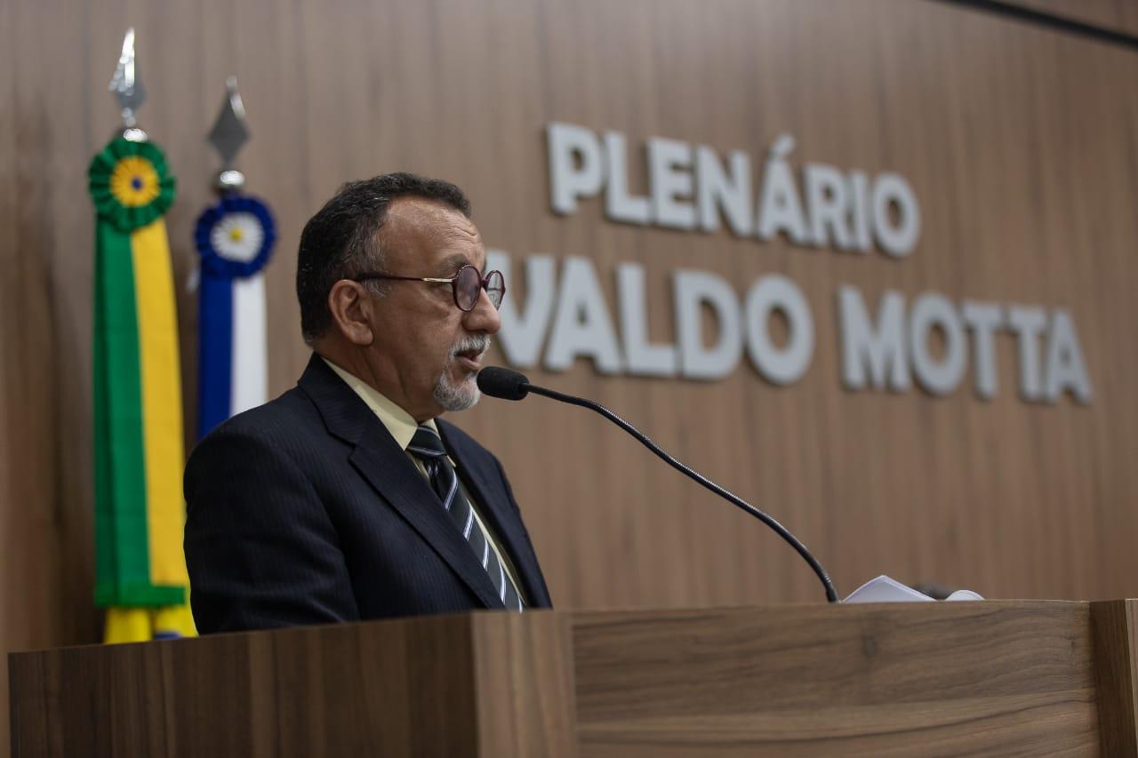 Vereador Zé Gonçalves quer solução para esgotos que estão poluindo mananciais do assentamento Patativa do Assaré