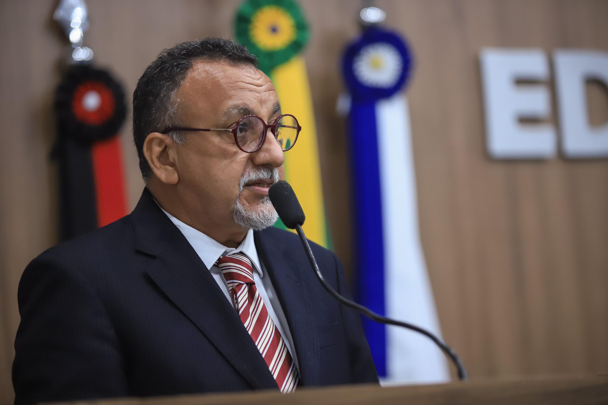 Vereador Zé Gonçalves quer audiência com o prefeito Nabor Wanderley para discutir sem teto nos Sapateiros