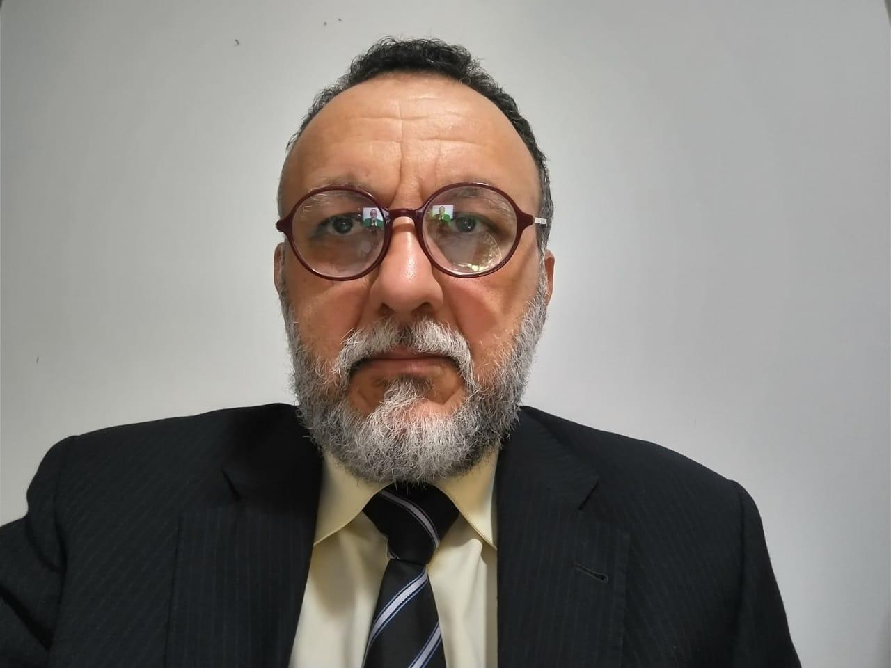 Retorno as aulas presenciais sem professores e servidores imunizados é suicídio. Diz  Zé Gonçalves.