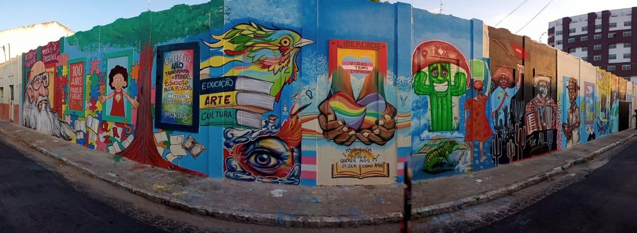 Zé Gonçalves quer transformar mural da Funes que homenageia os 100 anos de Paulo Freire em Patrimônio Cultural de Patos